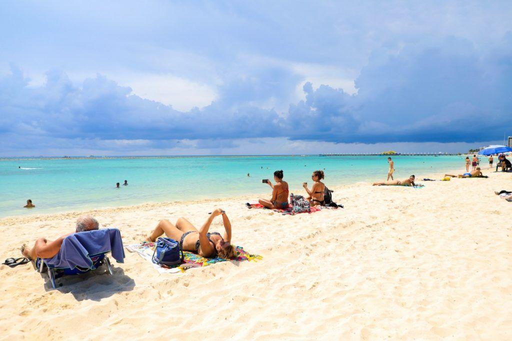 Más de 130 mil turistas visitan Quintana Roo