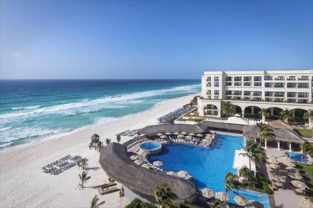 En Quintana Roo algunos hoteles rebasan ocupación permitida: hoteleros