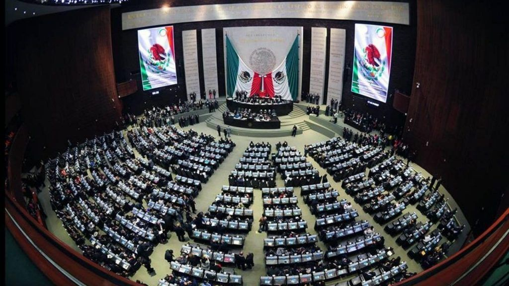 """Entre 265 y 298 diputados tendrá """"Juntos haremos historia"""""""