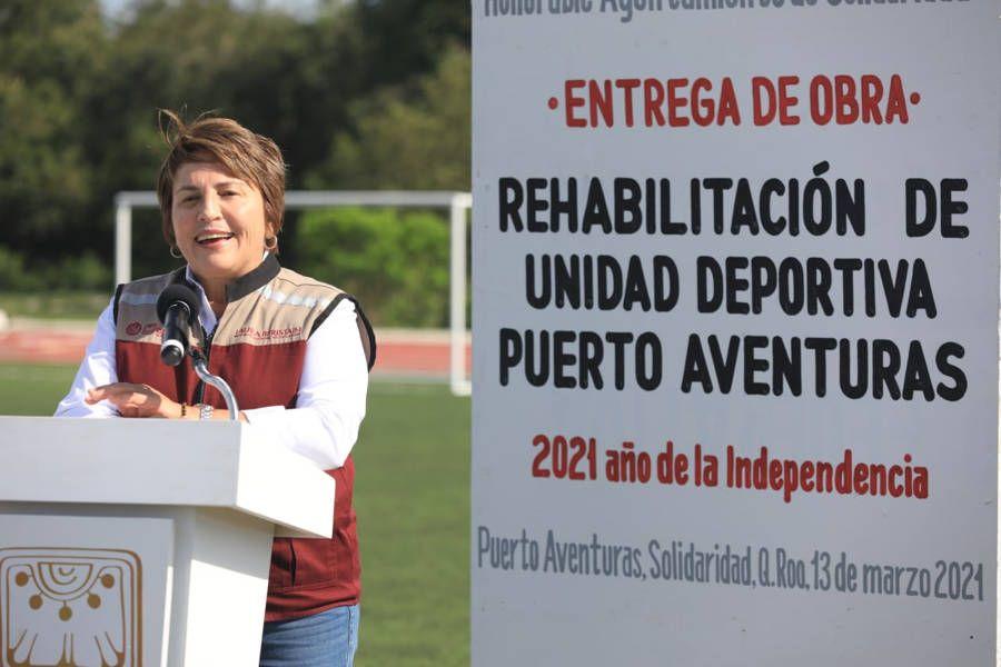 Se remodelaron pista de tartán y canchas en Puerto Aventuras