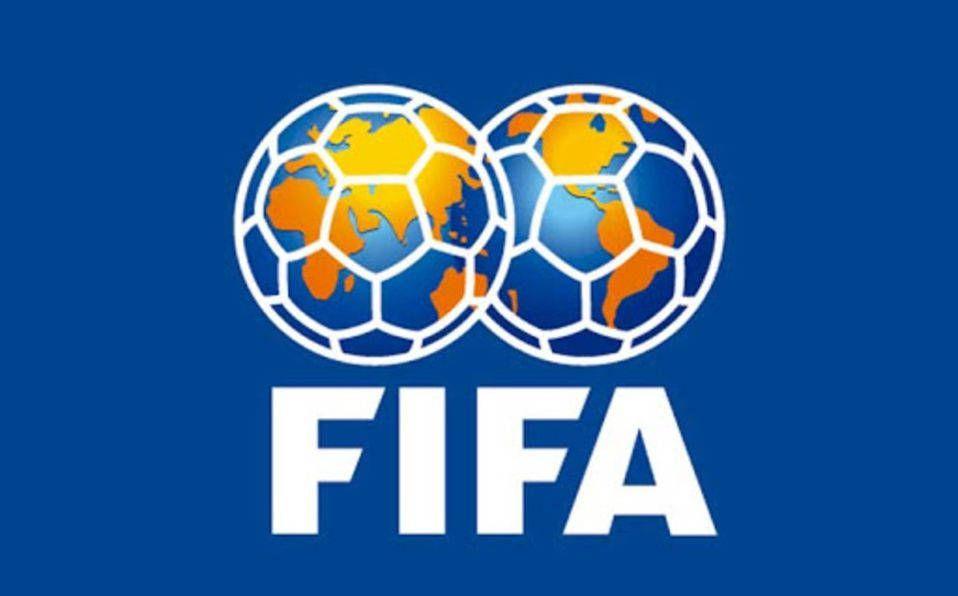 Mundial de futbol cada dos años sigue en análisis