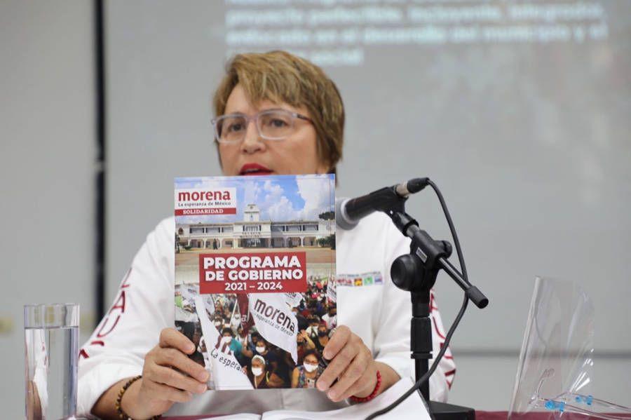 Presenta Laura Beristain consistente Plan de Gobierno a ingenieros y arquitectos de Solidaridad