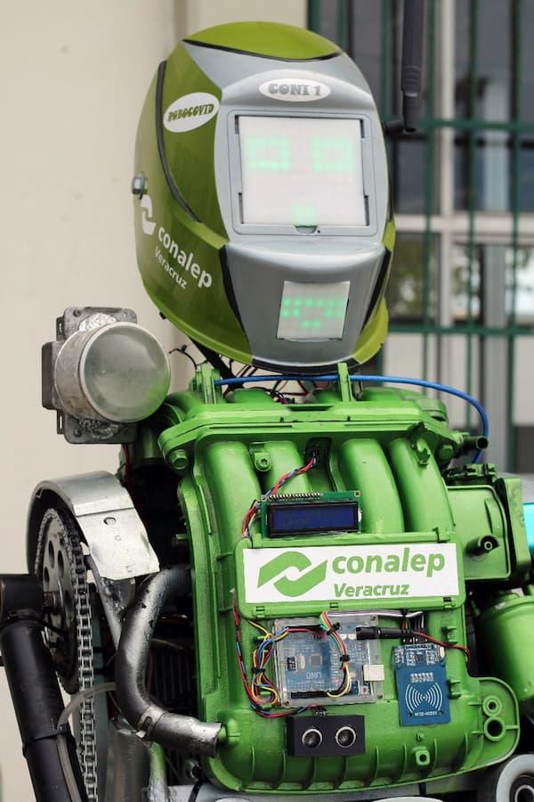 """Crean estudiantes de Veracruz el """"Coni-1 robotcovid"""""""