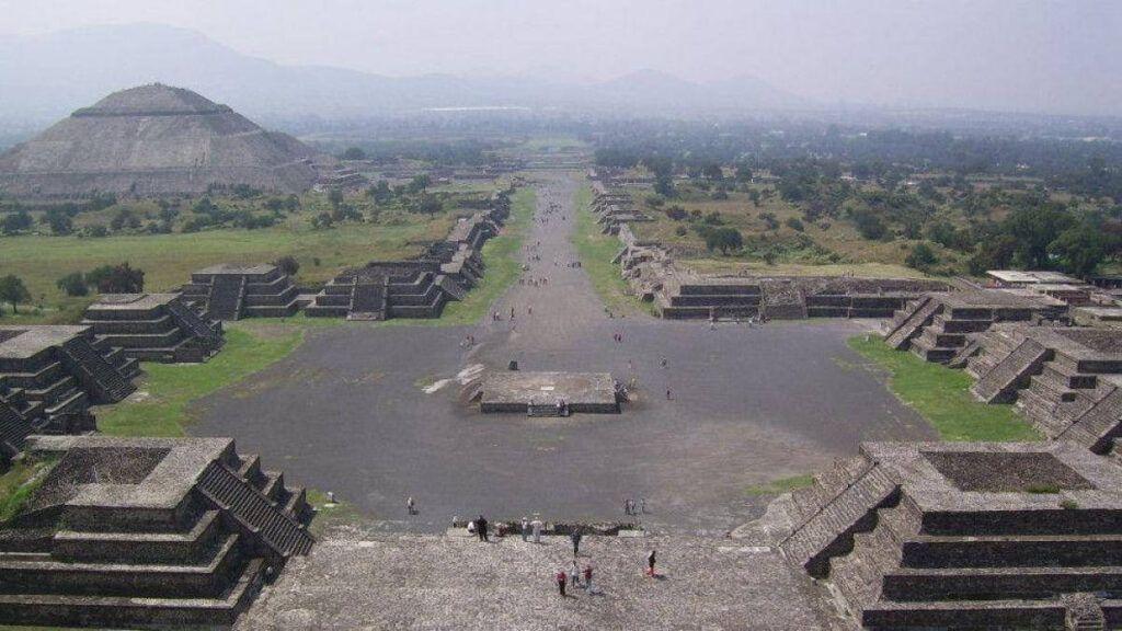 Condenan obras no autorizadas en Teotihuacán