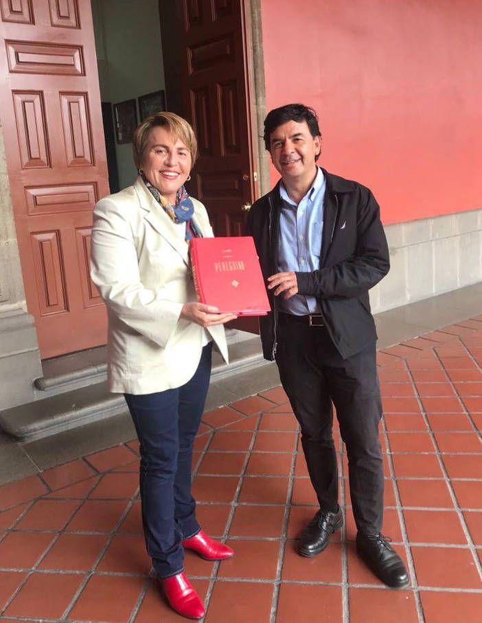 Sostienen encuentro Laura Beristain y Jesús Ramírez en Palacio Nacional