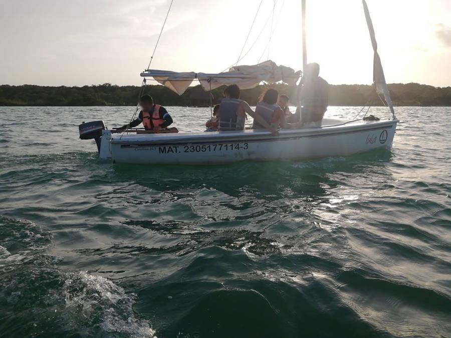 Rescata Marina a siete personas en Bacala