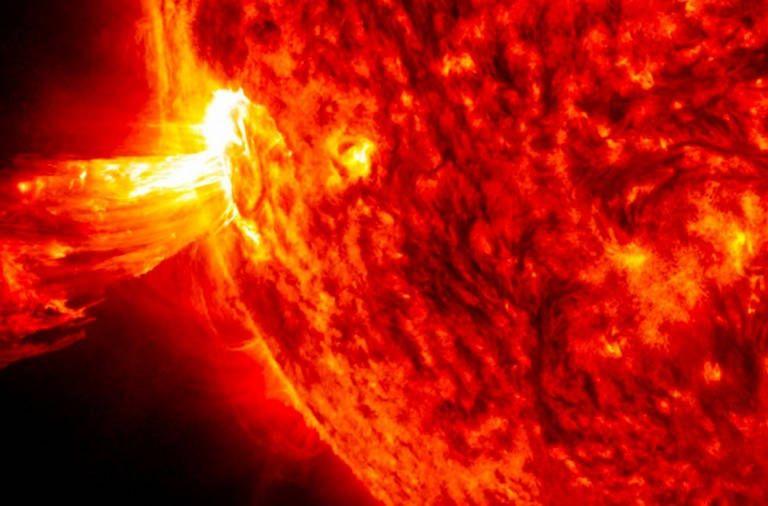 Amenaza tormenta solar con causar apagón masivo: Nasa