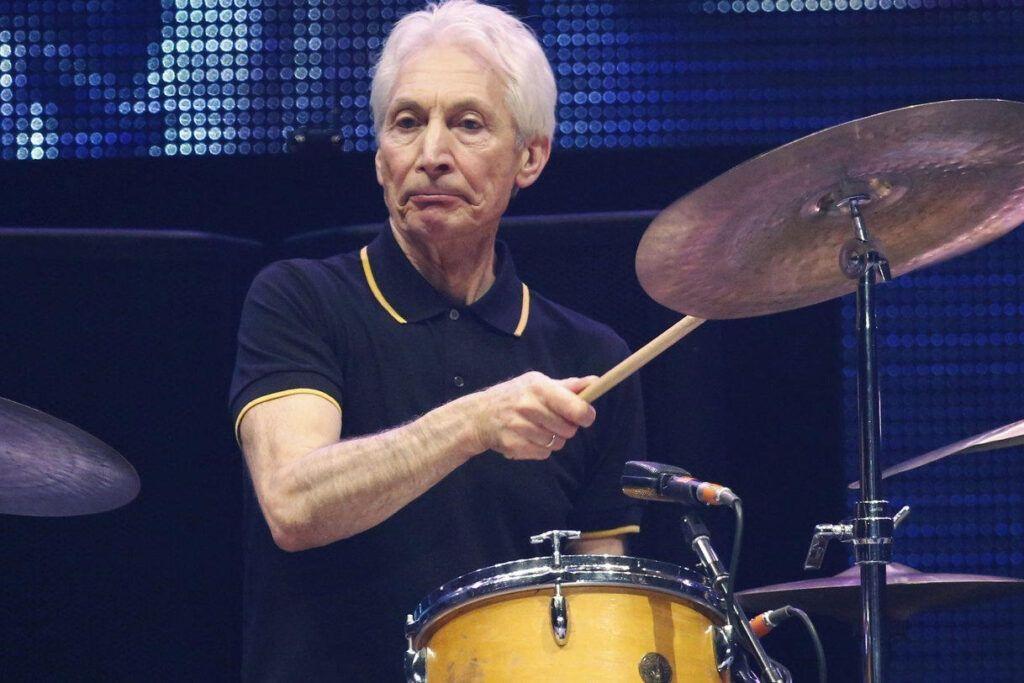 Muere Charlie Watts, baterista de Rolling Stone