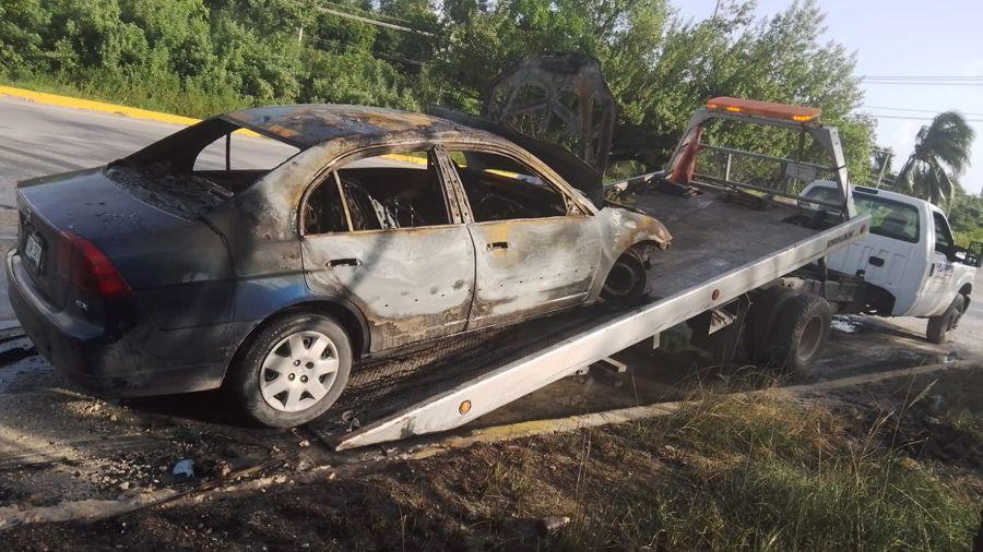 Se incendia vehículo en La Guadalupana