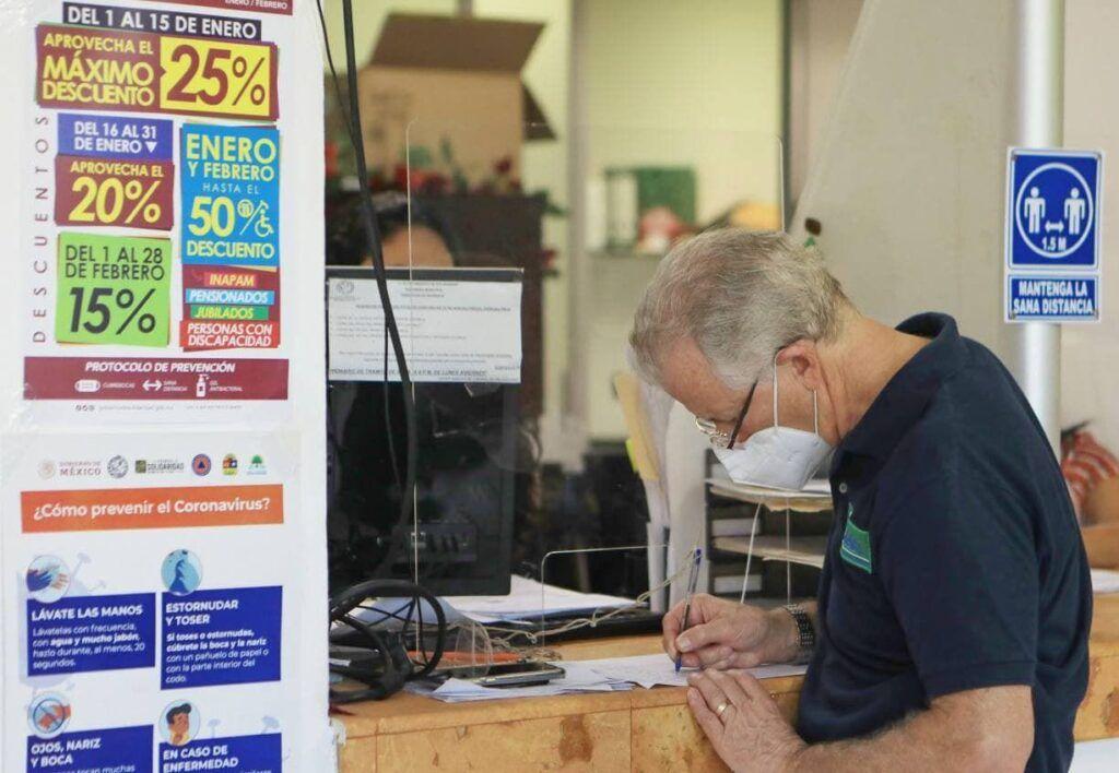 Logra Gobierno de Laura Beristain reducir deuda pública