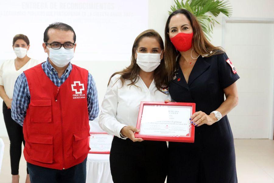 Reconoce Cruz Roja a trabajadores de Benito Juárez