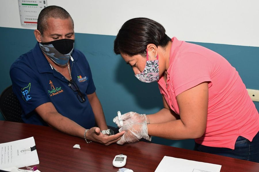 Implementan campaña de revisión médica en Cozumel