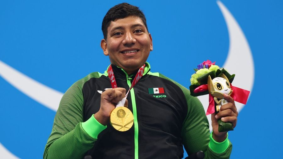 México cierra en natación con 10 medallas