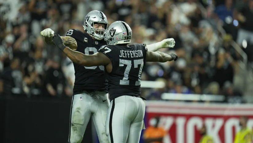 Los Raiders vencen a Raven